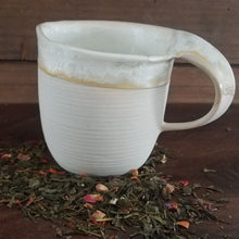 Load image into Gallery viewer, Reactive Glaze Tea Mug