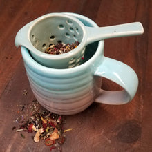 Load image into Gallery viewer, Ceramic Tea Mug with Infuser (aqua)