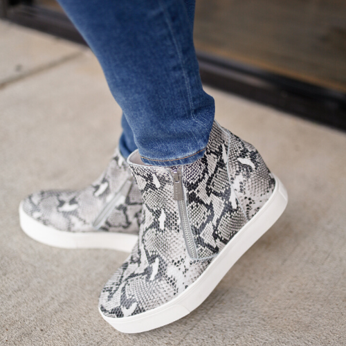 News: Sneakers are Walking over Stilettos
