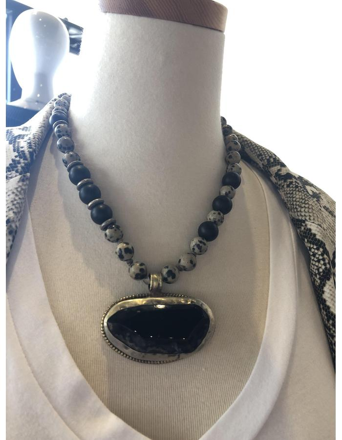 zoWee Onyx Dalmation Jasper Necklace