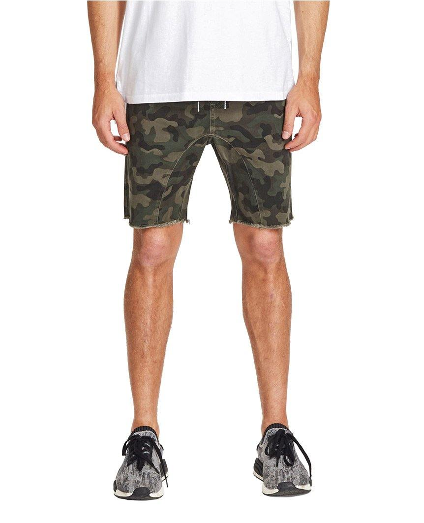 Sureshot Short Dark Camo
