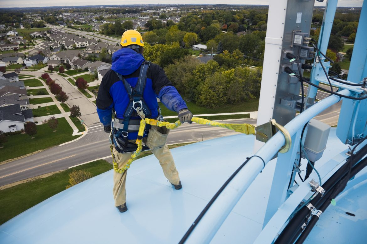 Safety at Heights: Fall Protection When Performing Aerial Work on Wood Poles