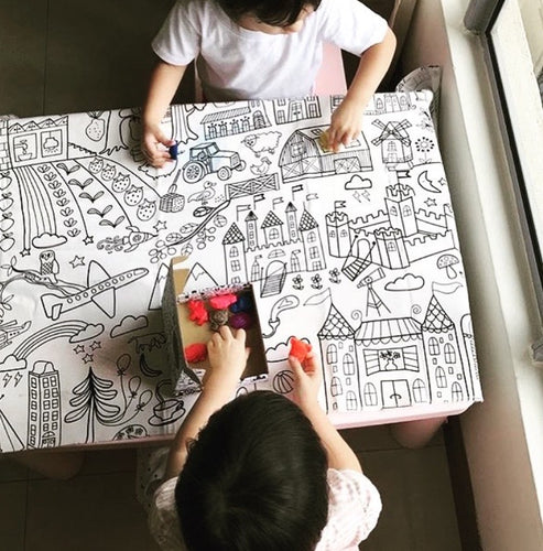 Colouring Canvas + oooDoodle Crayons Set
