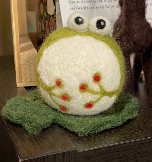 Needle Felted Frog - Oct 14th, or Oct 17th