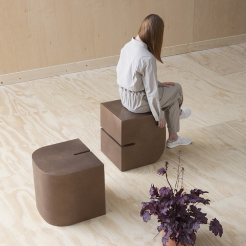 Grain Saddle Stool