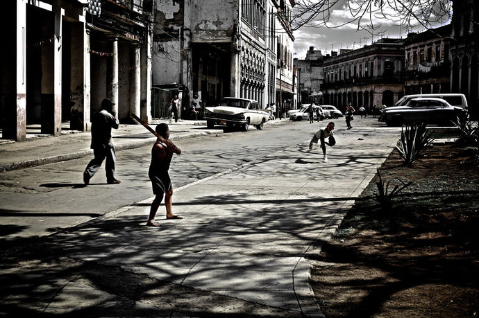 Cuba In Waiting Baseball On Street