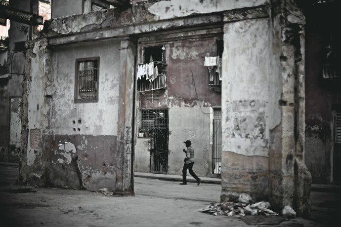 Cuba In Waiting Man Amongst Ruins