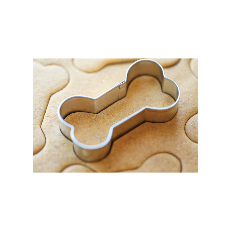 Wagalot Mix & Bake Bone Shaped Cookie Cutter