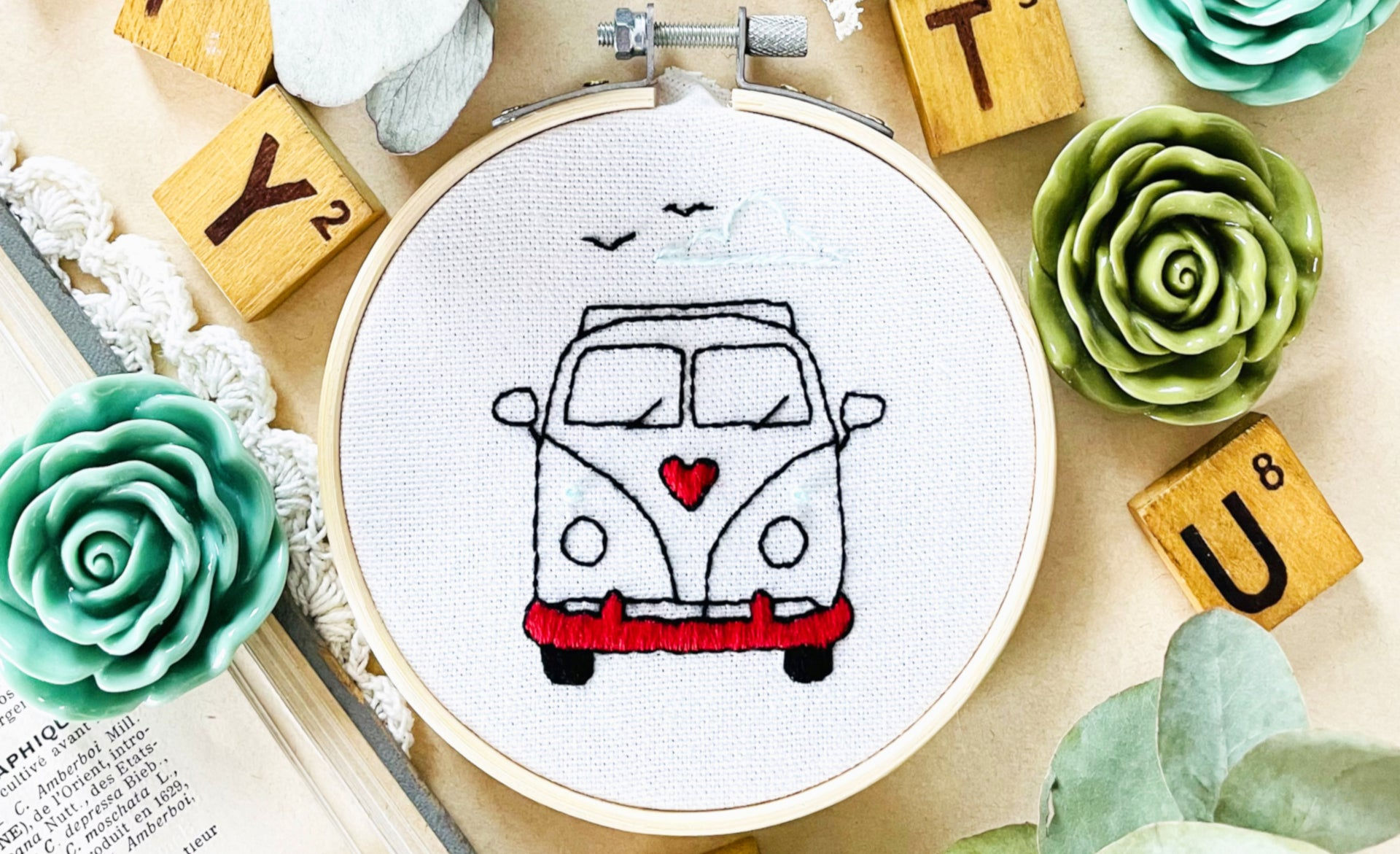 collection de kits broderies frenchy