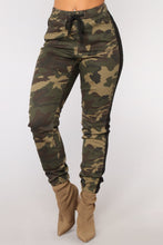 Load image into Gallery viewer, Camouflage Printed Tight-fitting Casual Women Camo Pants
