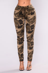 Casual Camouflage Printed Tight-fitting Slim Camo Pants