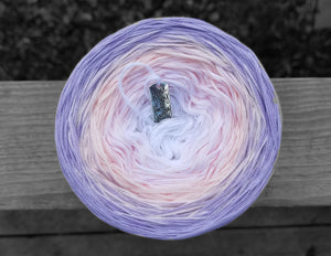 Iridescent Gradient Yarn With Shimmer