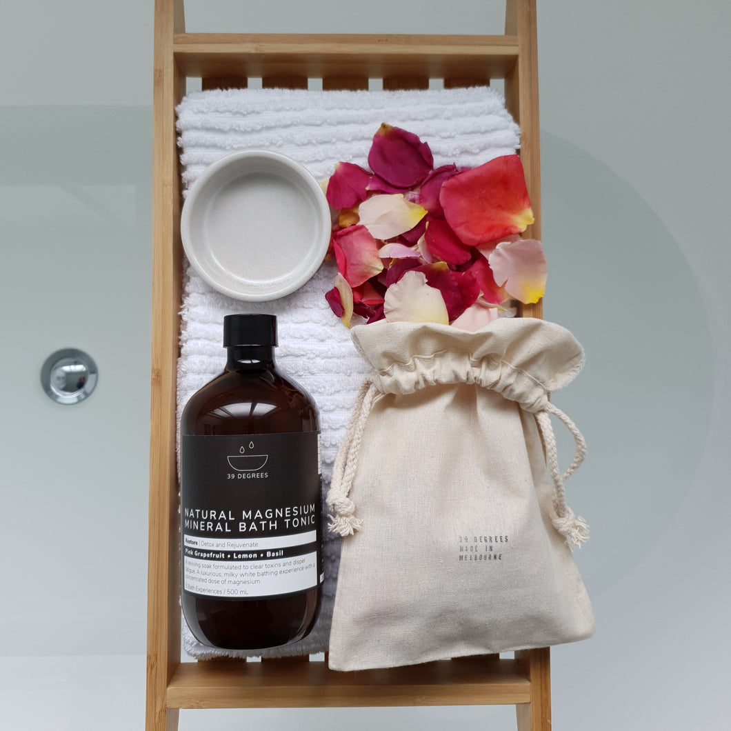 Bath Tonic, Measure and Floating Petals Gift Set
