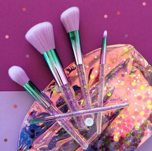 Amazing New Design pack of 7 brushes