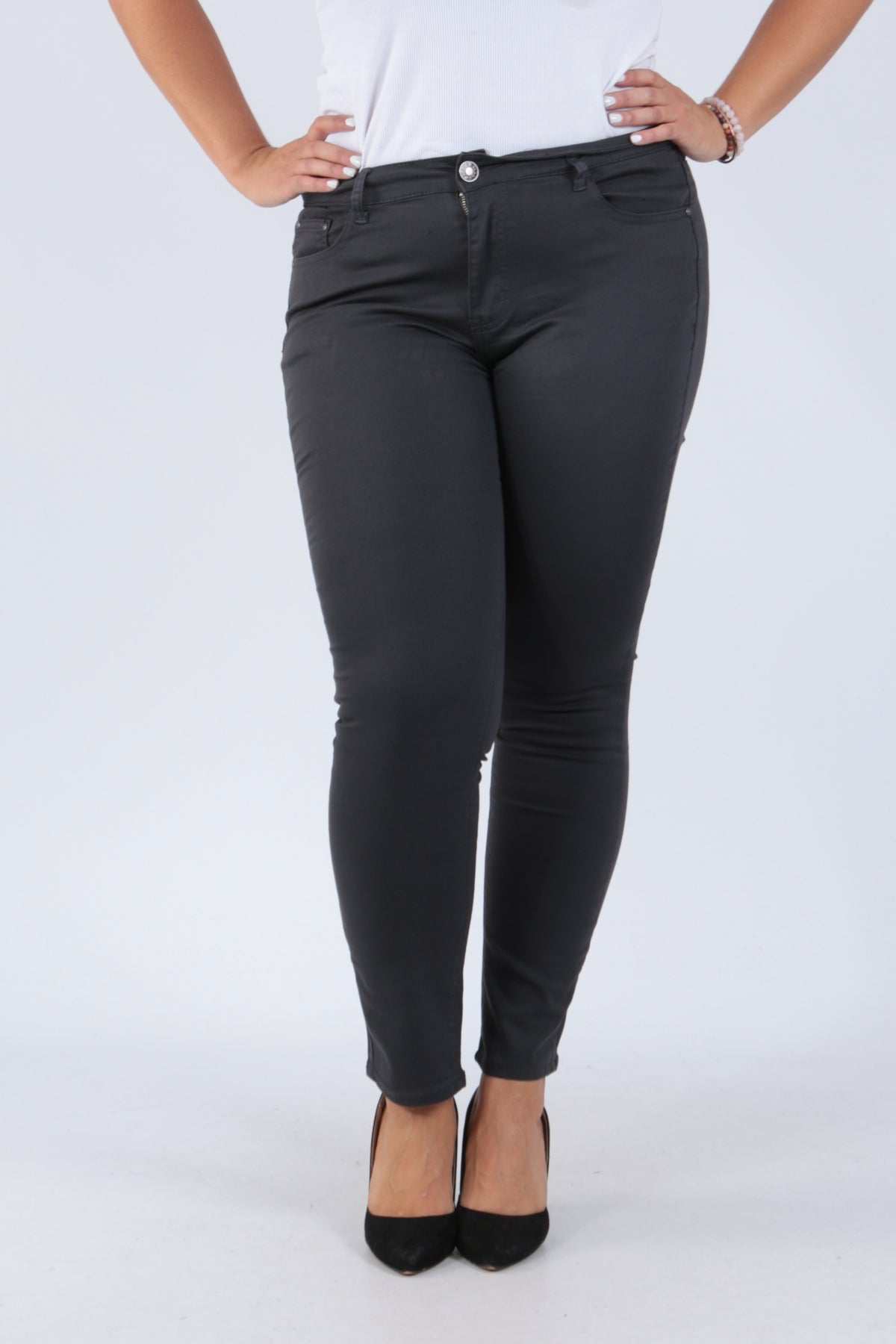 Wholesale Grey Straight Cut Jeggings