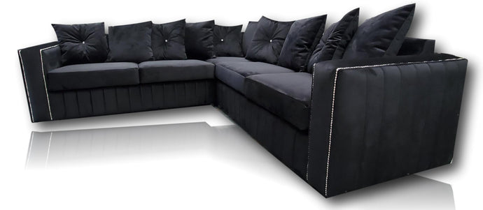 Maya 5 Seater Plush Black