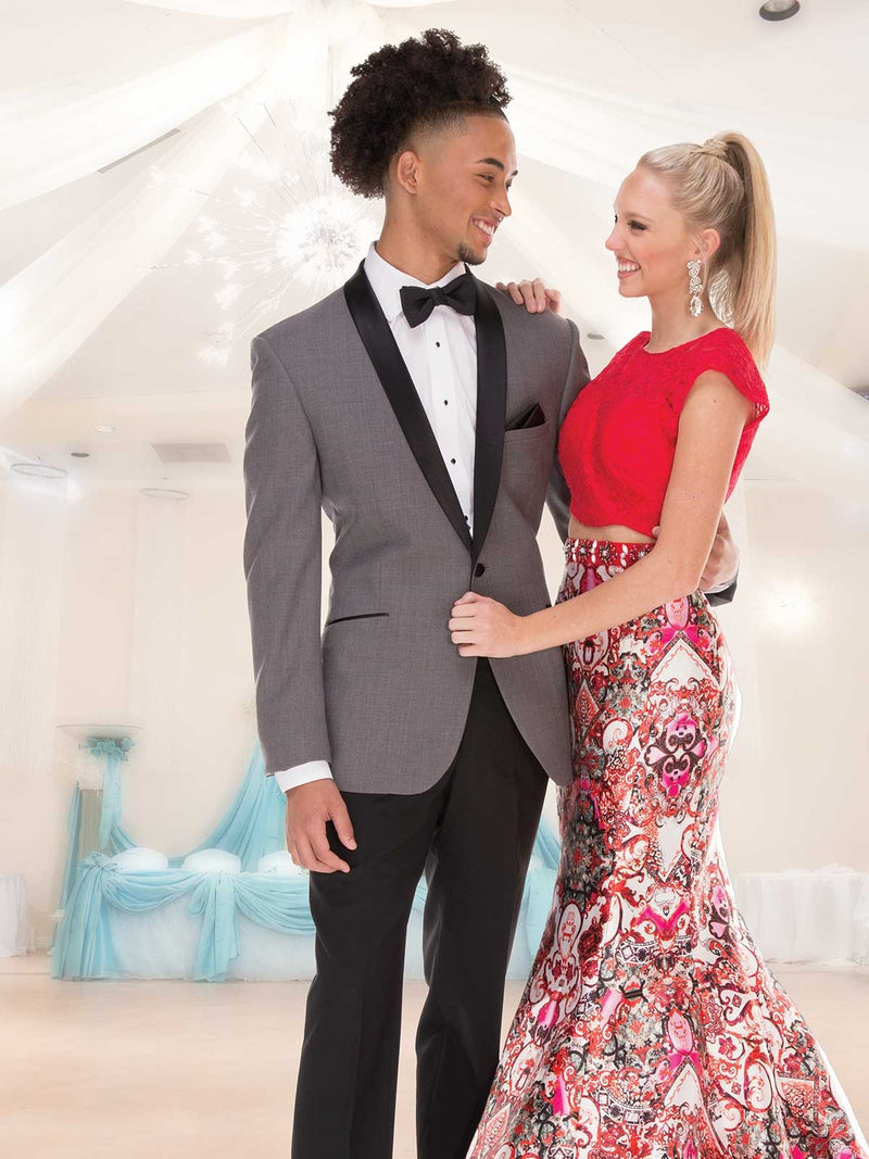 Is There a Difference between a Prom Tuxedo and Wedding Tuxedos Southern Wisconsin?