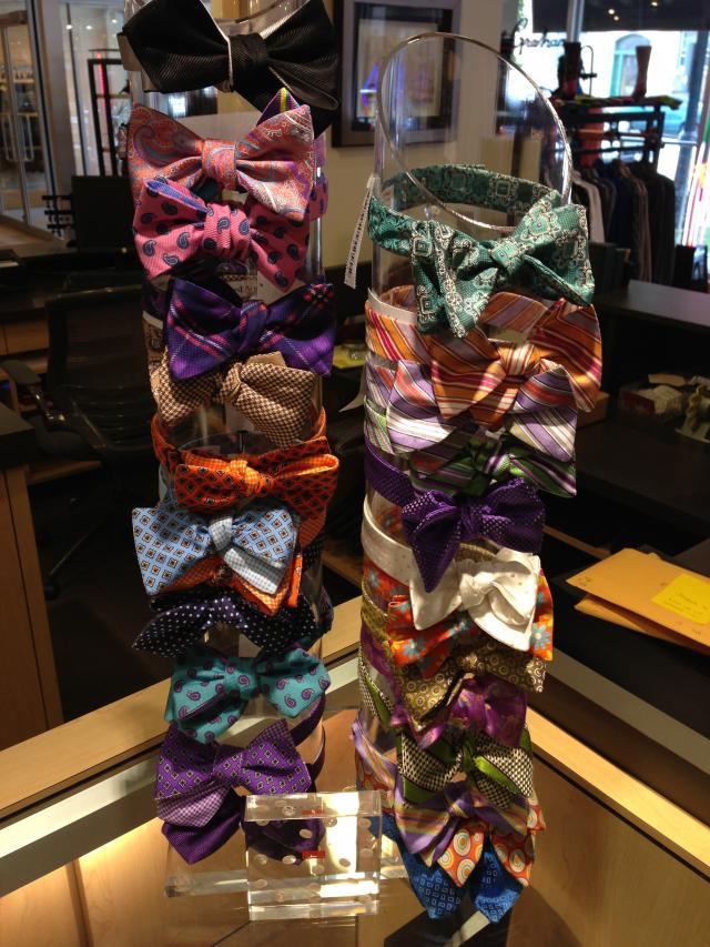 How to Size the Most Popular Mens Fashion Accessories: The Bow Tie