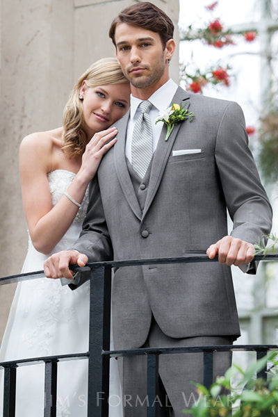The Hottest Trend for Wedding Tuxedos Southern Wisconsin This Fall is Grey!