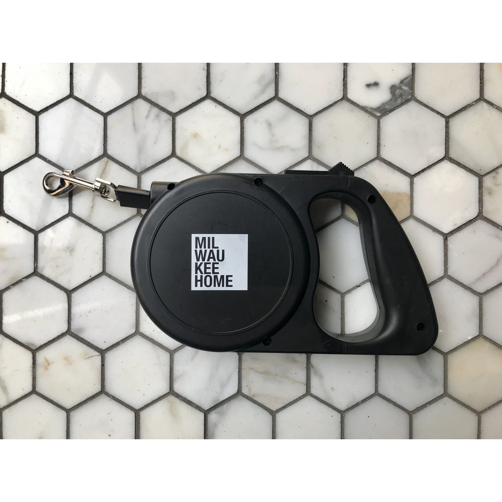 Milwaukee Home Retractable Dog Leash