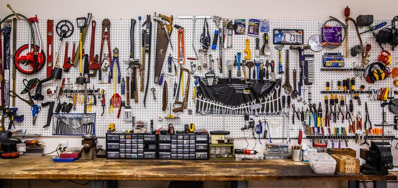 The Idiot's Guide to Building the Perfect Garage