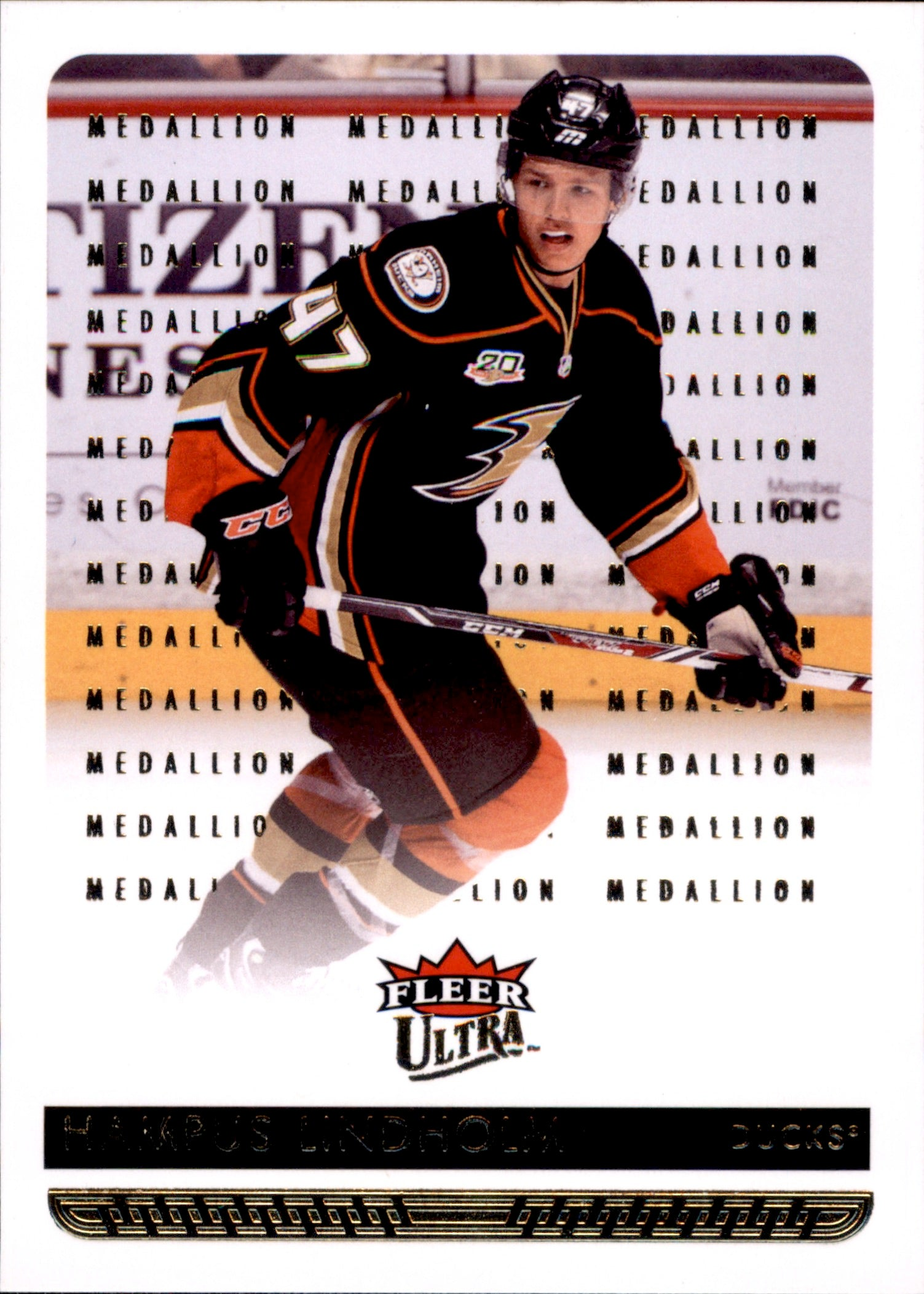 2014-15 Fleer Ultra Gold Medallion #007 Hampus Lindholm | Eastridge Sports Cards