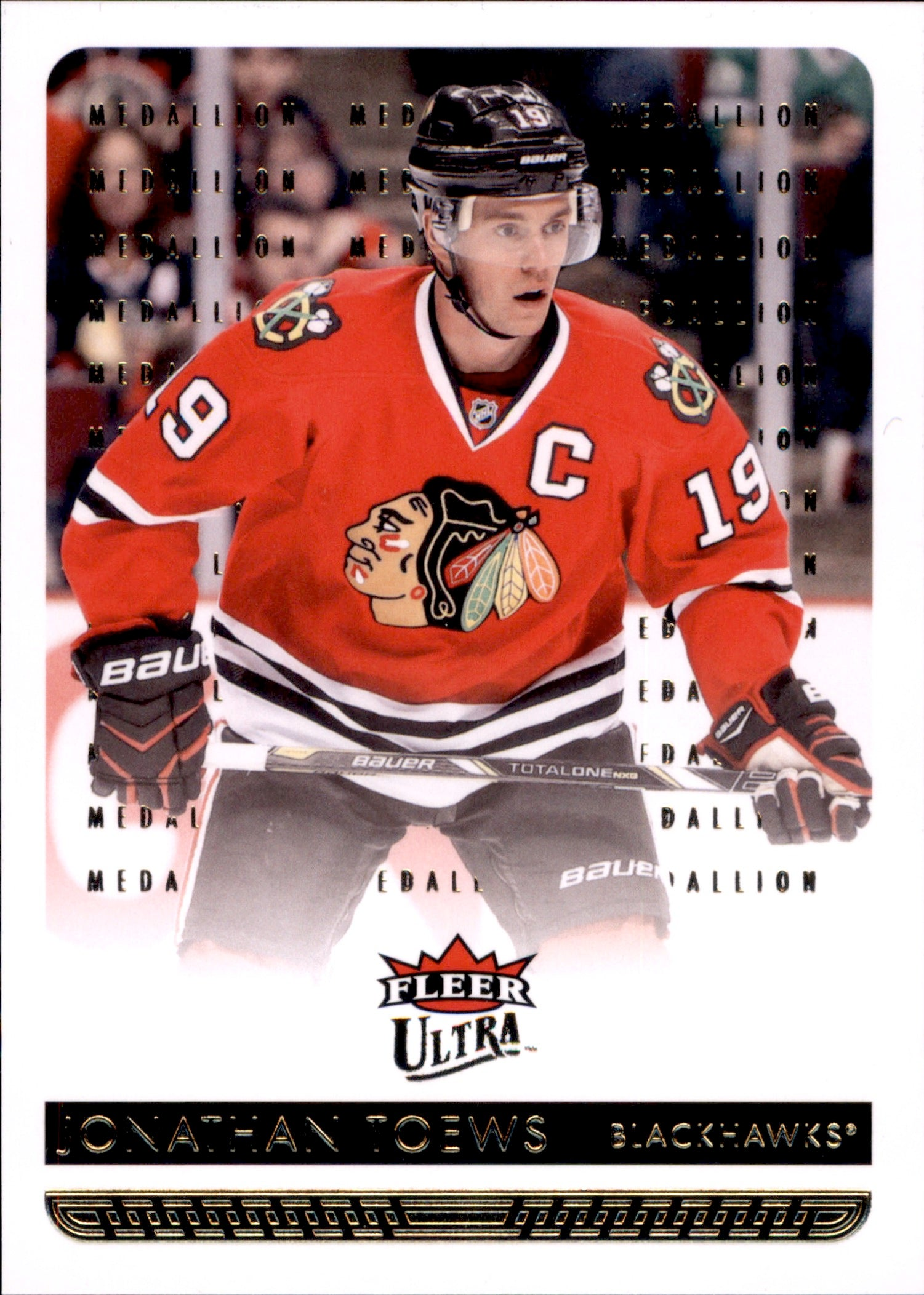 2014-15 Fleer Ultra Gold Medallion #038 Jonathan Toews | Eastridge Sports Cards