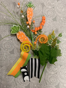 Carrot with Black and White Swag Kit