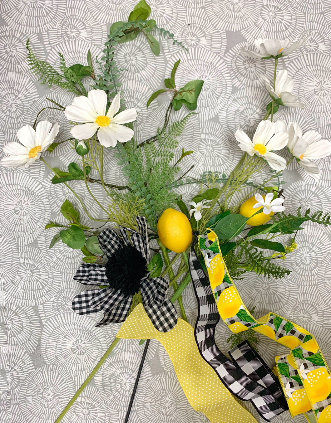 Gingham Lemon Wreath Kit