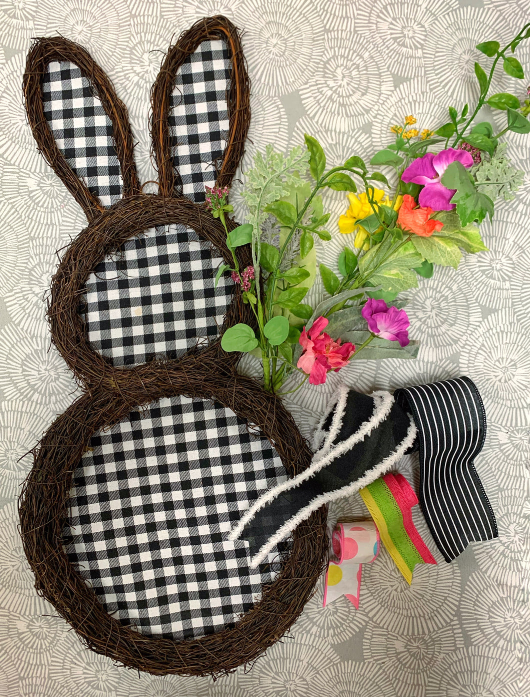 Black & White Check Bunny Hanger Kit