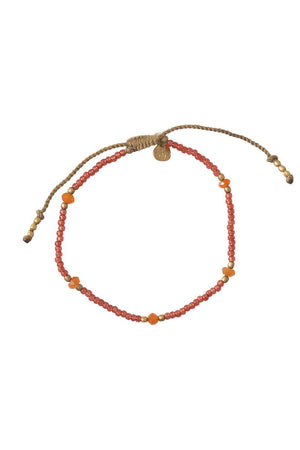 Friendly Carnelian Gold Armband