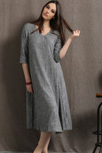 Load image into Gallery viewer, Grey linen v neckline dress C413