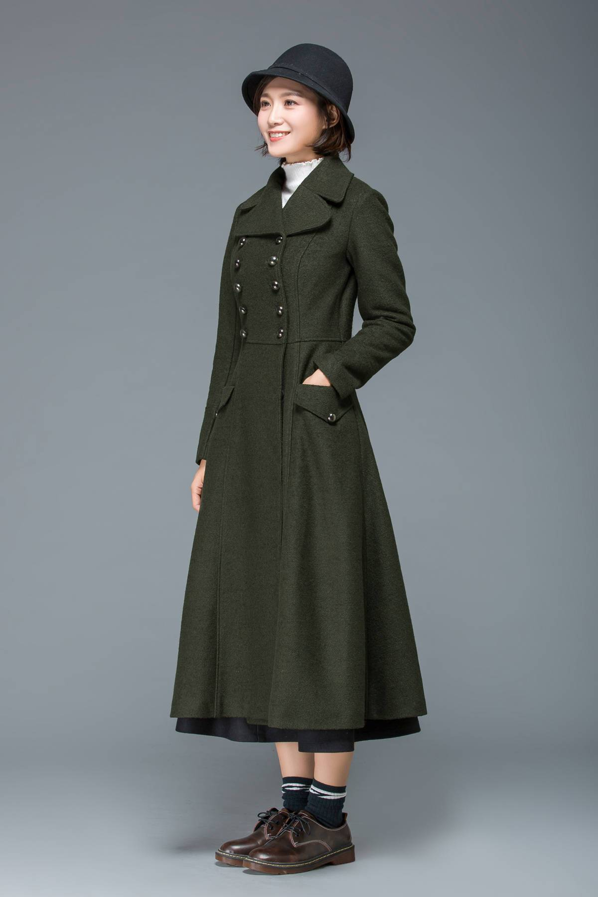 warm winter coat, long coat, wool coat, womens coats, fit and flare coat, double breasted coat, military coat, maxi coat, vintage coat C1168