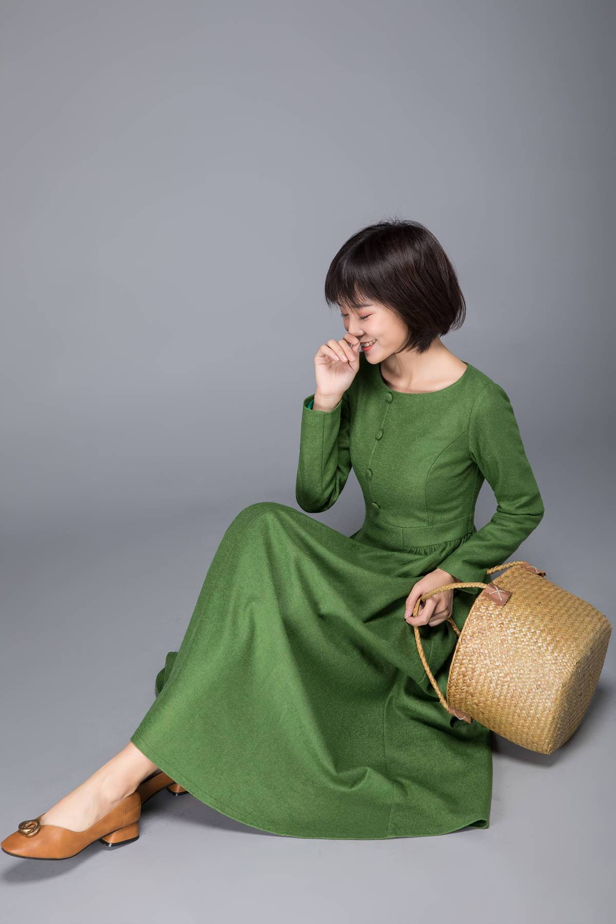 Long green dress, Warm dress, Wool winter dress, Elegant dress, Women dress, Tailored dress, Maxi dress, spring dress, Classic dress,  C1230
