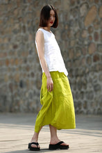 Load image into Gallery viewer, Linen blouse, white linen blouse, linen top, loose linen blouse, sleeveless linen top, summer blouse, summer linen top, women blouse CF118