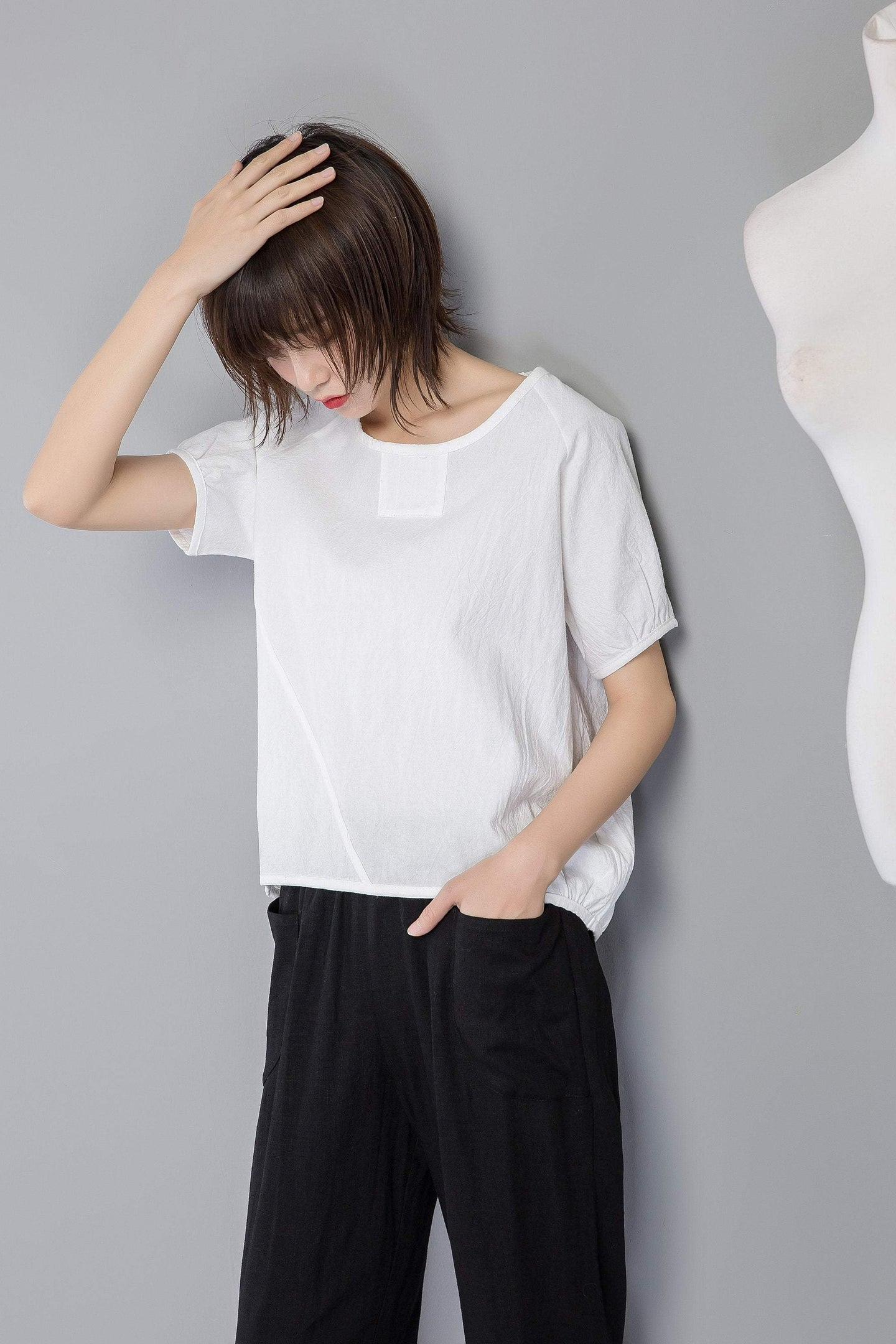 white linen top, oversized linen top, linen blouse for summer, loose and casual blouse, linen loose blouse, short sleeve blouse C1264