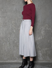 Load image into Gallery viewer, gray wool skirt, womens skirt, wool skirt, warm skirt, winter skirt, gray skirt, pleated skirt, womens wool skirt, Skirt with pockets  C737