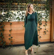 Load image into Gallery viewer, green linen dress