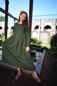 Linen dress, green linen dress, Semi-Fitted Long Maxi Plus Size Long-Sleeved Spring/Summer Woman's Dress with Round Scoop Neckline C1500