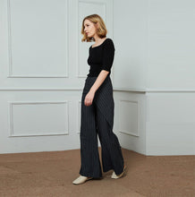 Load image into Gallery viewer, linen pants, stripe linen pants, long leg pants, width linen pants, fashion linen pants, handmade linen pants C1453