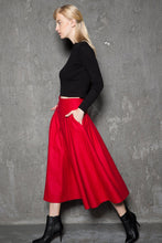 Load image into Gallery viewer, red wool skirt, winter wool skirt, 1950s skirt, wool skirts, winter skirt, midi skirt, vintage skirt with pockets C729