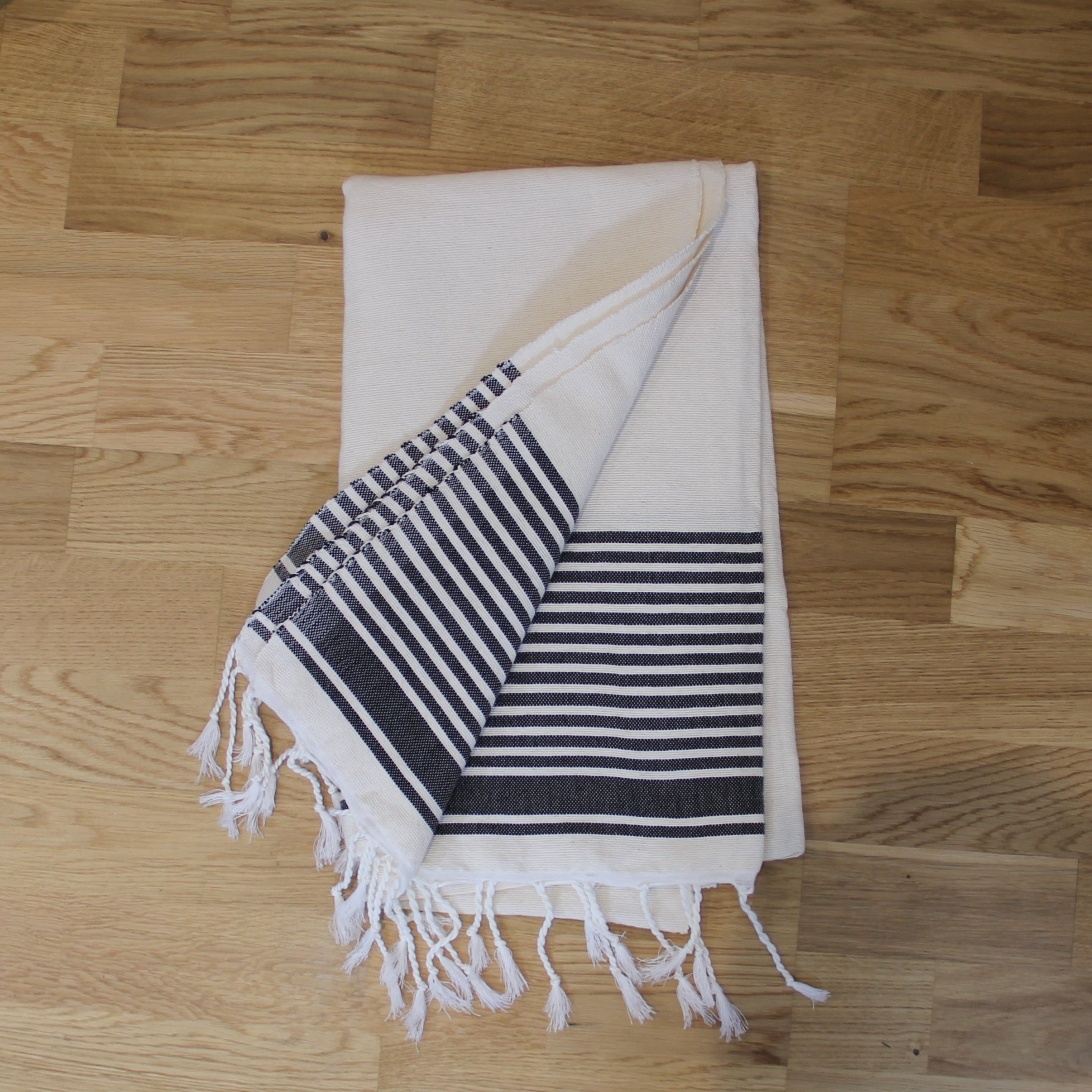 Hamman/ beach Towel- white and Black