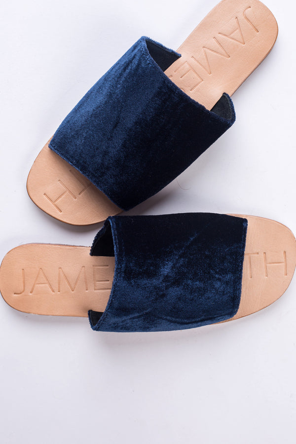 Off Duty Navy Slides