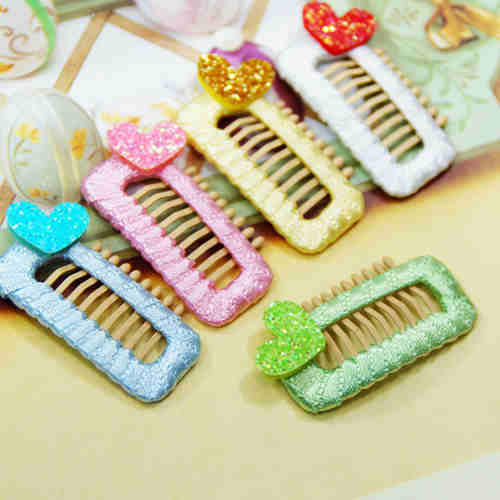 Glitter Mini Heart Comb Hair Clip