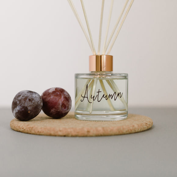 Autumn scented room fragrance diffuser
