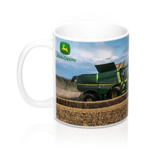 Load image into Gallery viewer, Collectors Printed Tractor Mug 11oz John Deere S680i Combine