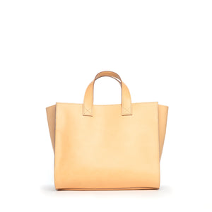 THE REGULAR back view of Pioneer Tote in light tan 'blonde' leather.