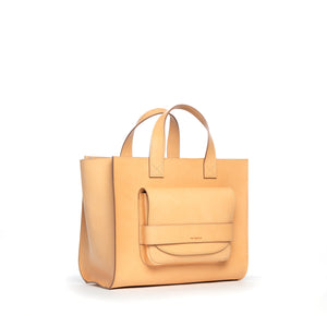 THE REGULAR Pioneer Tote light tan 'blonde' leather, front view.