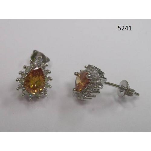 Pear-Shaped CZ Earring Topaz