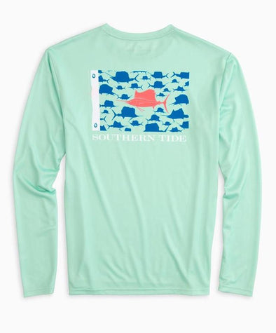 SOUTHERN TIDE FISH FLAG SAILFISH PERFORMANCE L/S TEE